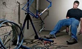 Что делать если на велосипеде скрипит амортизатор?