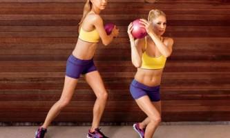 Комплекс упражнений с мячом для тренировки в домашних условиях
