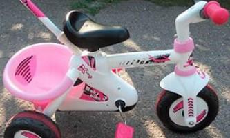 Почему детский трехколесный велосипед smoby