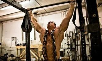 Подтягивания с дополнительным отягощением – сила и масса