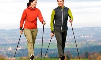 Польза скандинавской ходьбы с палками и противопоказания
