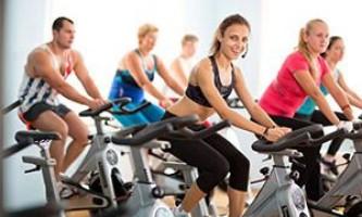 Тренировка на велотренажере (упражнения). Как правильно заниматься на велотренажере дома