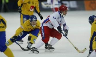 Ведение мяча в хоккее с мячом