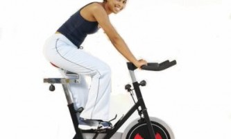 Велотренажер для похудения — помогает ли